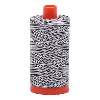 Aurifil 50wt Bomull Melerad 1300 m  Licorice Twist