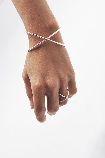 A CROSS ring silver