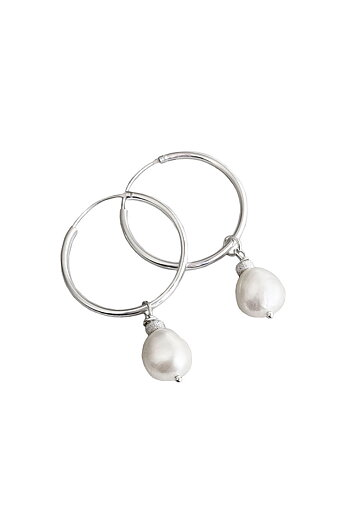 BAROQUE PEARL Hoop earrings