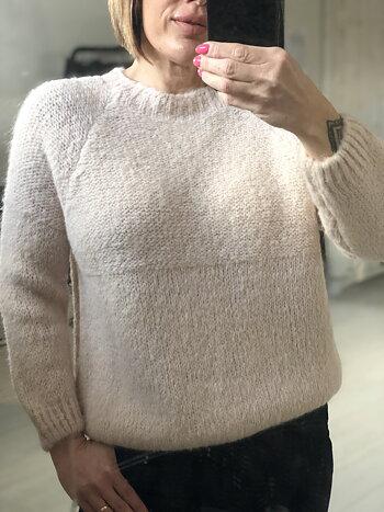 Grovstickad tröja i super mjukt material - Puder Rosa