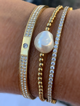 BUD TO ROSE - Elastic bracelet w. pearl - Gold