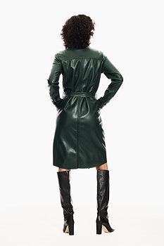 GARCIA - Klänning med fickor och bälte i midjan - Green leather look