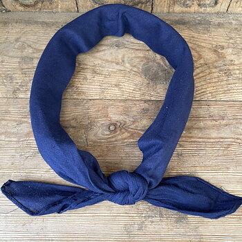 bandana marinblå enfärgad