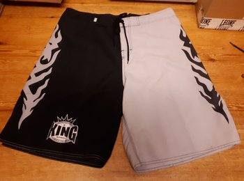 King Submission shorts Svart/vit XXL