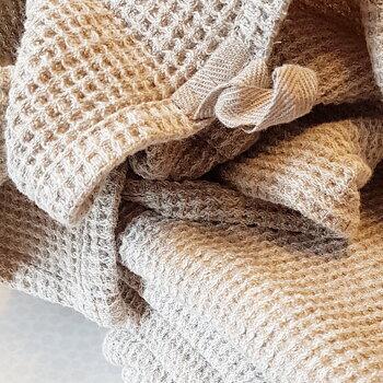 Våfflad handduk i 100% linnetyg, 60*45cm