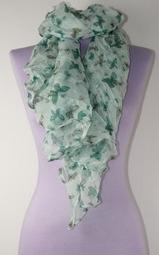 Krinklad scarves med fjärilar