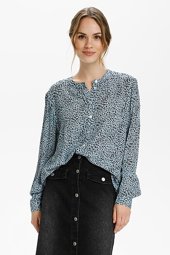Kaffe - Fera Shirt Chambrey Blue Black Dot