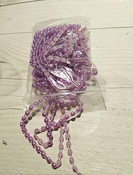 Cirka 5 meter pärlband - lila