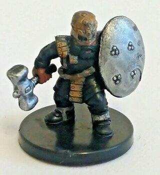 Underdark #05 Gold Dwarf Soldier (Begagnad)