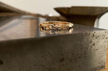 Ring Felicia handgjord  guld