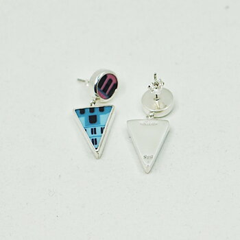 Triangle building Earrings - Nytt för våren!