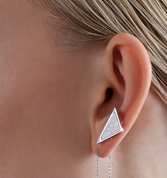 Virrvarr Triangle small light Earring - Sold as a single earring
