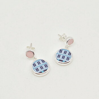 Pink dot Earrings  - Finns ett fåtal