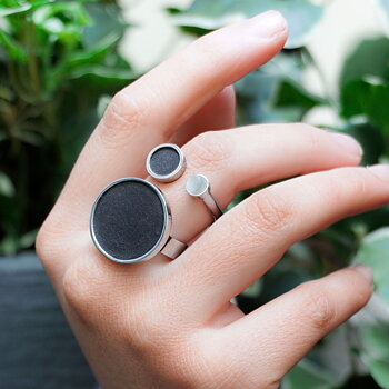 Luna Eclipse Ring