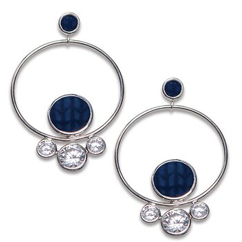 Swedish Grace Midnatt Skimra Earrings, 1 kvar!