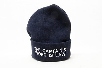 Stickad Mössa The Captain's Word Is Law