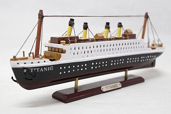 Titanic Wooden Model 30x12 cm