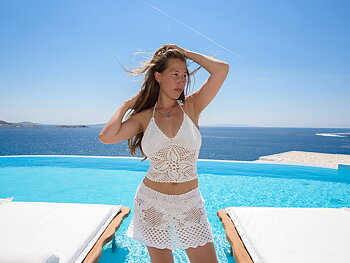 Handmade crochet top WHITE