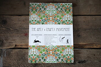 Bok med hobbypapper/presentpapper William Morris