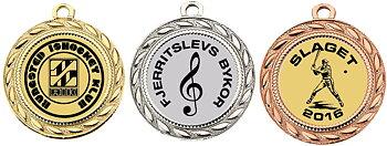Medalj 40 mm med eget motiv och text i svart tryck   Fr 6,90