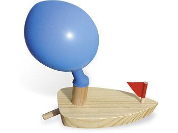 Wooden boat balloon driven