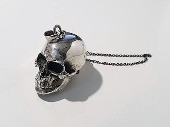 Döskallehänge, öppningsbar 925-silver