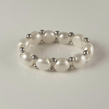 Freshwaterpearls with sterling silver