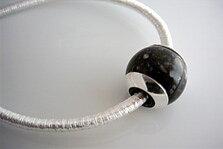 Kula i Porfyr med silverkåpor, hänge 925-silver
