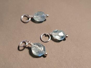 Akvamarin nugget ca. 7-8mm hänge 925-silver ( månadssten mars )