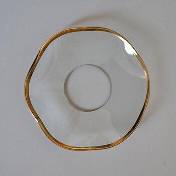 Ljusmanschett i glas - vågig med guldkant