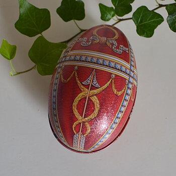 Ägg Fabergé - rött och guld