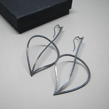 LEAFY  - earrings - oxidized silver