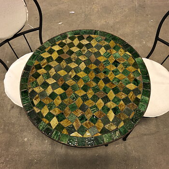 MOSAIC TABLE - ROUND TAMGROUTE MIX