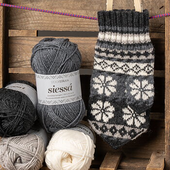 Knitting bundle mitten Grayscale Marknadsvante Jokkmokk