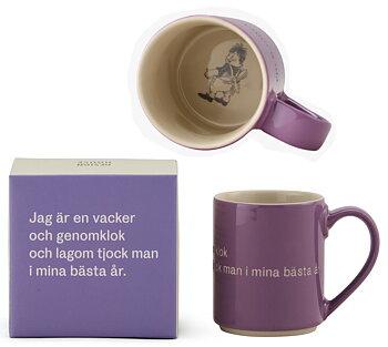 Astrid Lindgren Citat Mugg - Jag är en vacker och genomklok och lagom tjock man i mina bästa år