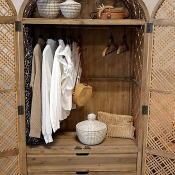 Garderob i Rotting Naturfärg