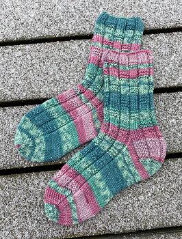 Tant Birgits sockor i Tencel Raggi - stick-kit