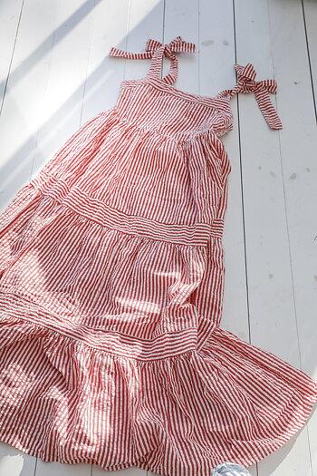 Handpicked - Randig lång klänning med volanger röd vit