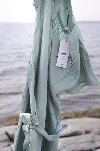 Noa Noa -  Long dress with short sleeve grey green