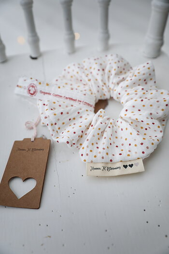 Hanna . R . Blooming - Handmade scrunchie Small dot