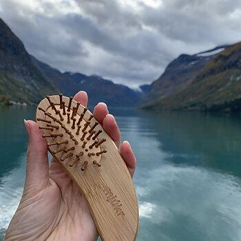 mjúkr NORWAY Mini Hårbørste i bambus
