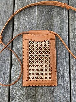 Ini Phone Bag natur, från Mossa