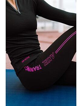Svarta leggings med rosa dekor från  Axelartistics