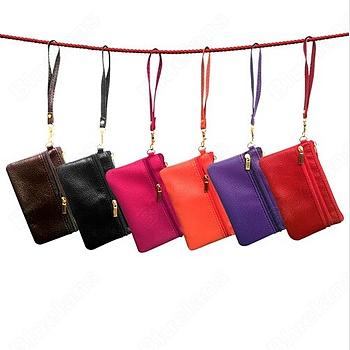 Liten väska, till mobil kort mynt mm, färg svart