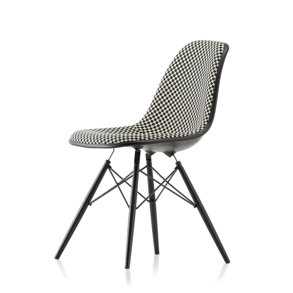 Eames Plastic Chair DSW Helklädd