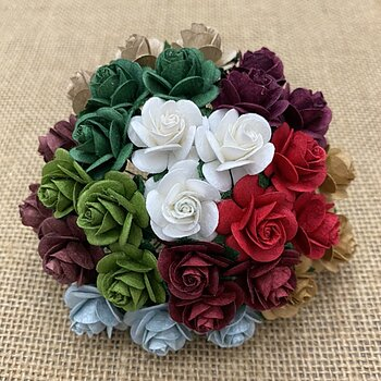 100 Mixed Christmas Color Open Roses - 15 mm