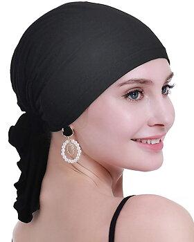 Nadja svart, sjal vid håravfall