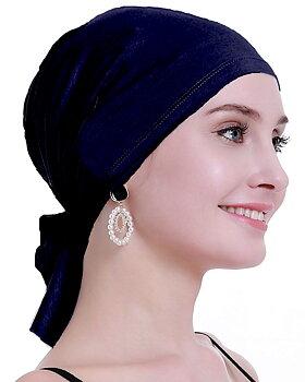 Nadja mörkblå, sjal vid håravfall