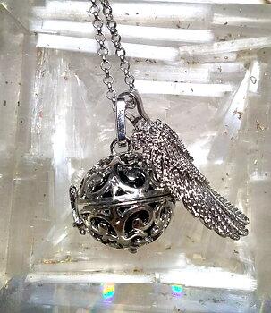 Vintage Locket Pendant NECKLACE - Angel Wing Bola
