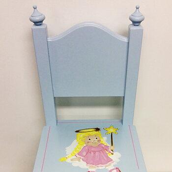 """Ljusblå spirstol med motivet """"ängel"""" i rosa"""